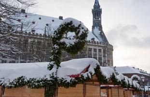 sneeuw kerstmarkt bonn