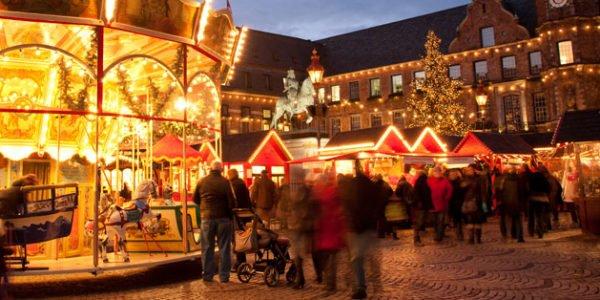 dusseldorf kerstmarkt>